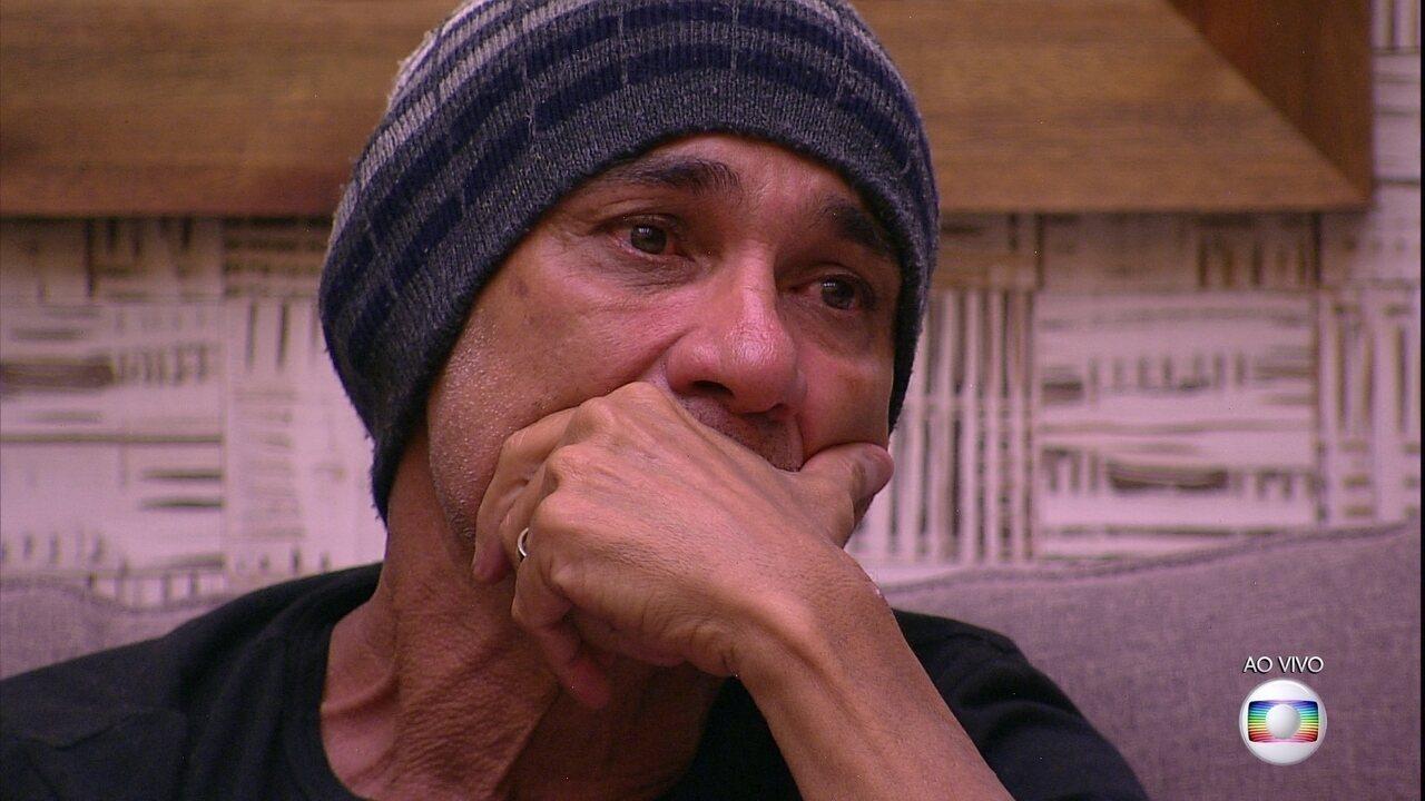 Ayrton conta o que mais doeu neste Paredão: 'O voto do Kaysar'