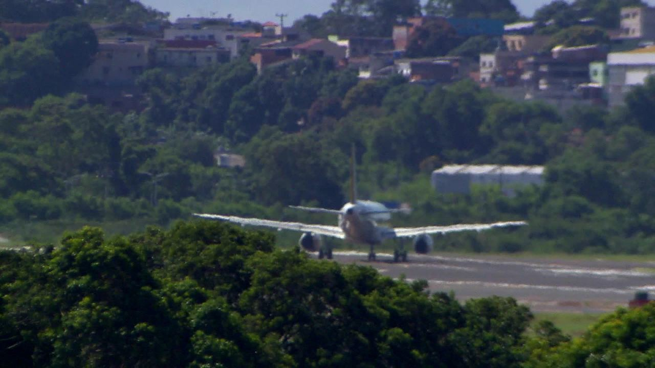 Uma semana após inauguração do novo aeroporto de Vitória, aviões ainda não pousam na pista