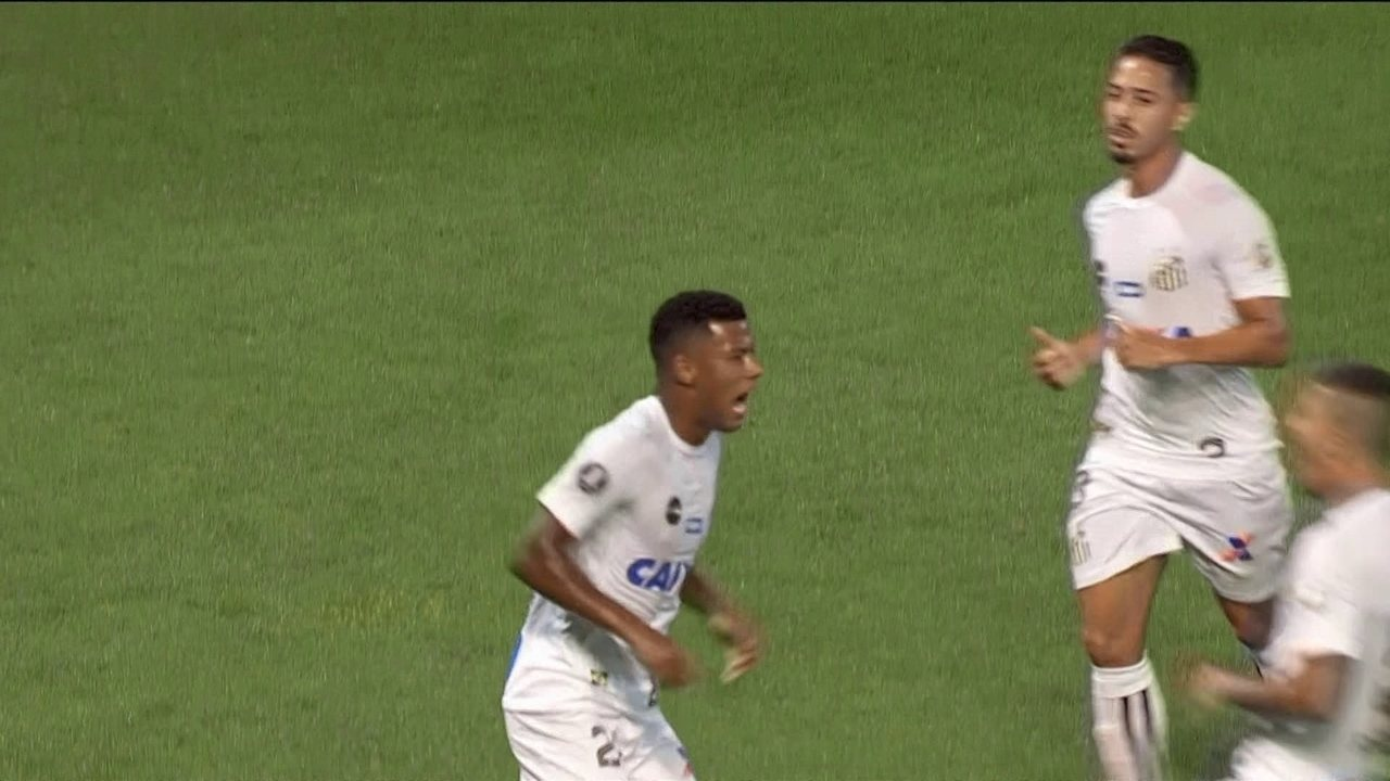 O gol de Estudiantes 0 x 1 Santos pela 3ª rodada da Taça Libertadores