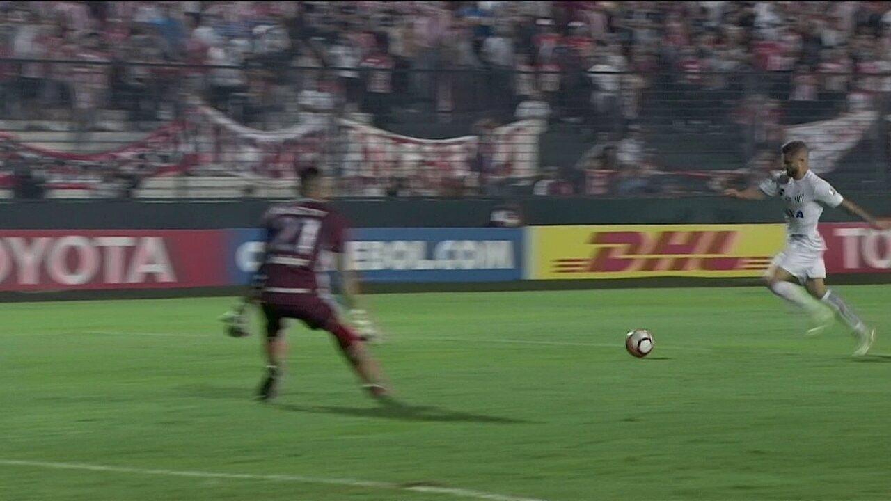 Melhores momentos de Estudiantes 0 x 1 Santos pela 3ª rodada da Taça Libertadores