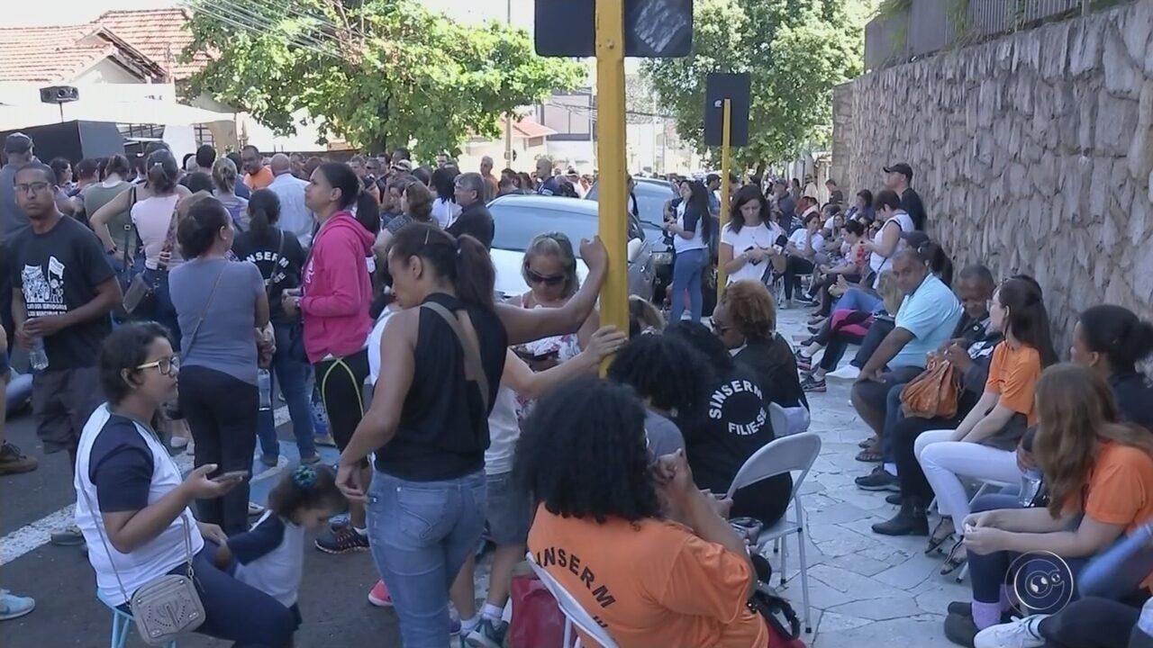 Servidores encerram greve após 18 dias de paralisação em Bauru