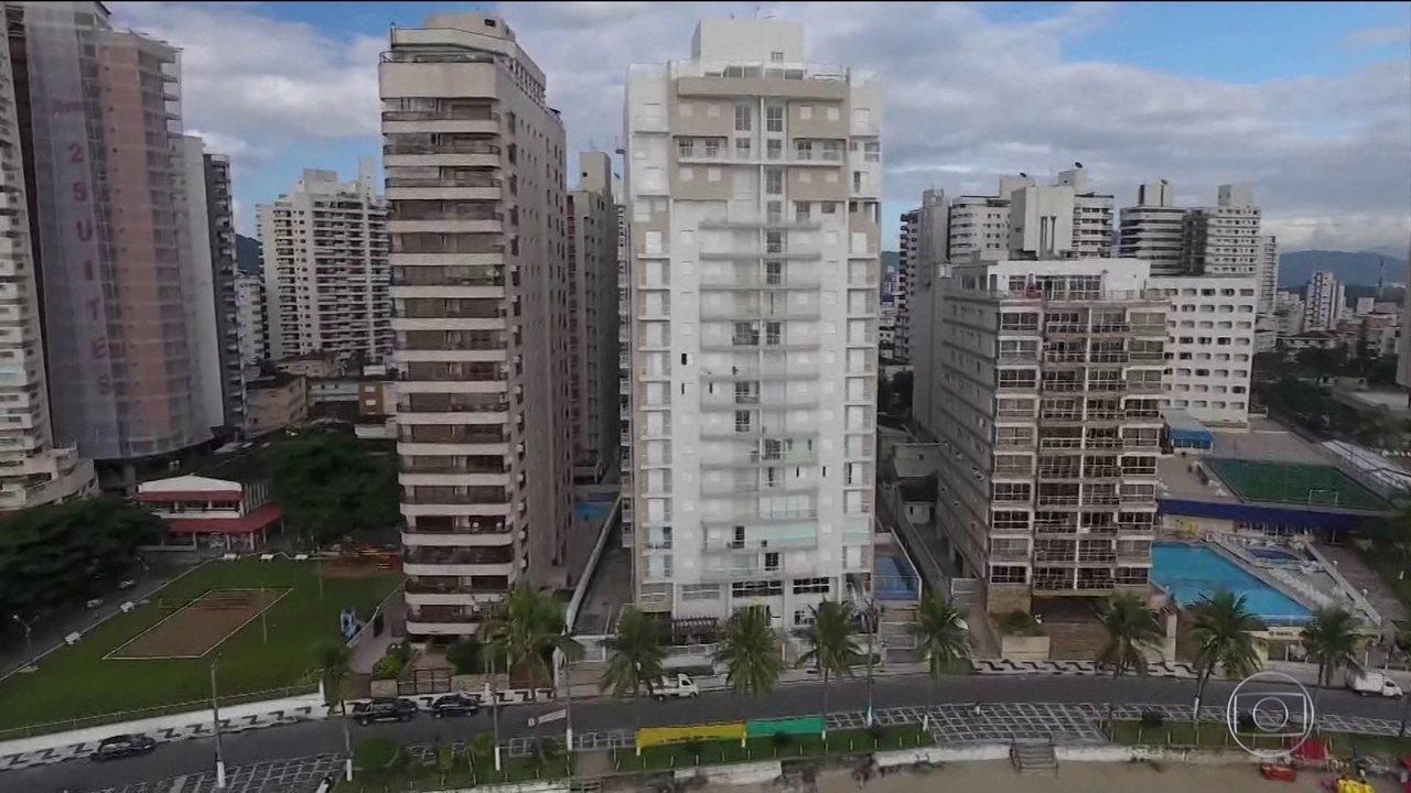 Lula foi condenado por corrupção passiva e lavagem de dinheiro no caso do triplex