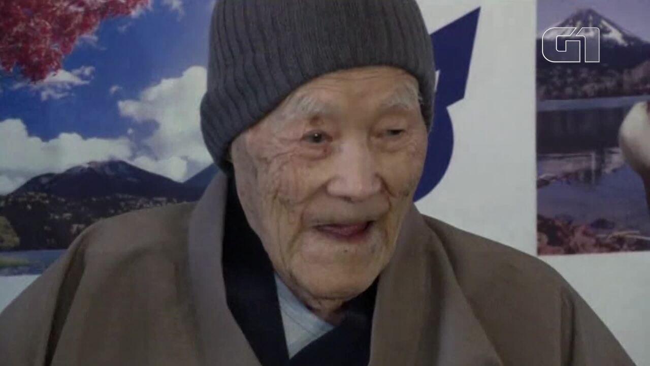 Japonês de 112 anos é reconhecido como o homem mais velho