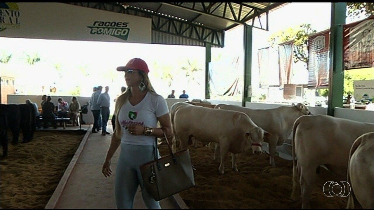 Mulheres mostram que entendem de agronegócio e fazem sucesso na Tecnoshow 2018