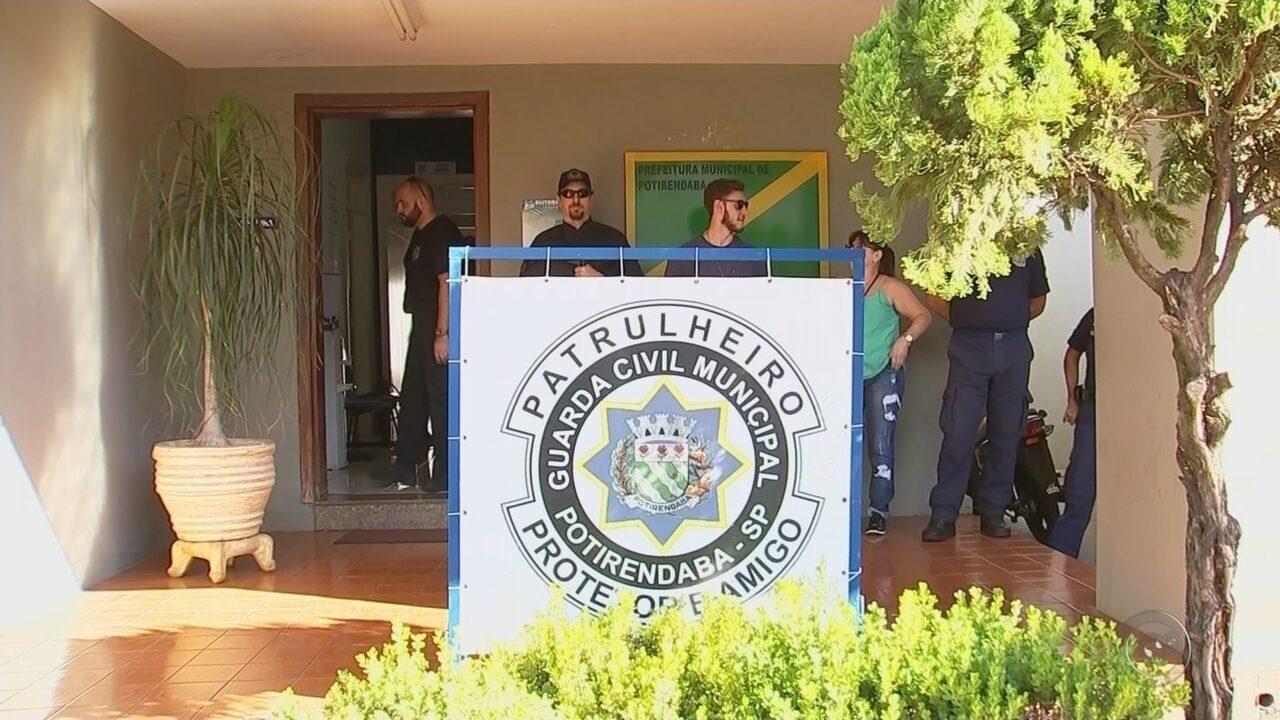 Operação que investiga pagamento de guardas municipais é realizada em Potirendaba