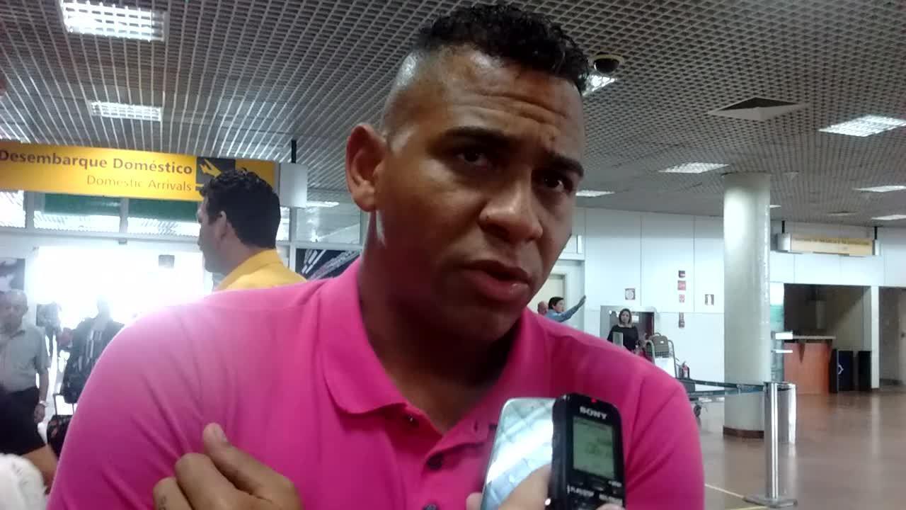 Reforço do CSA, Walter desembarca em Alagoas e fala sobre projetos no CSA