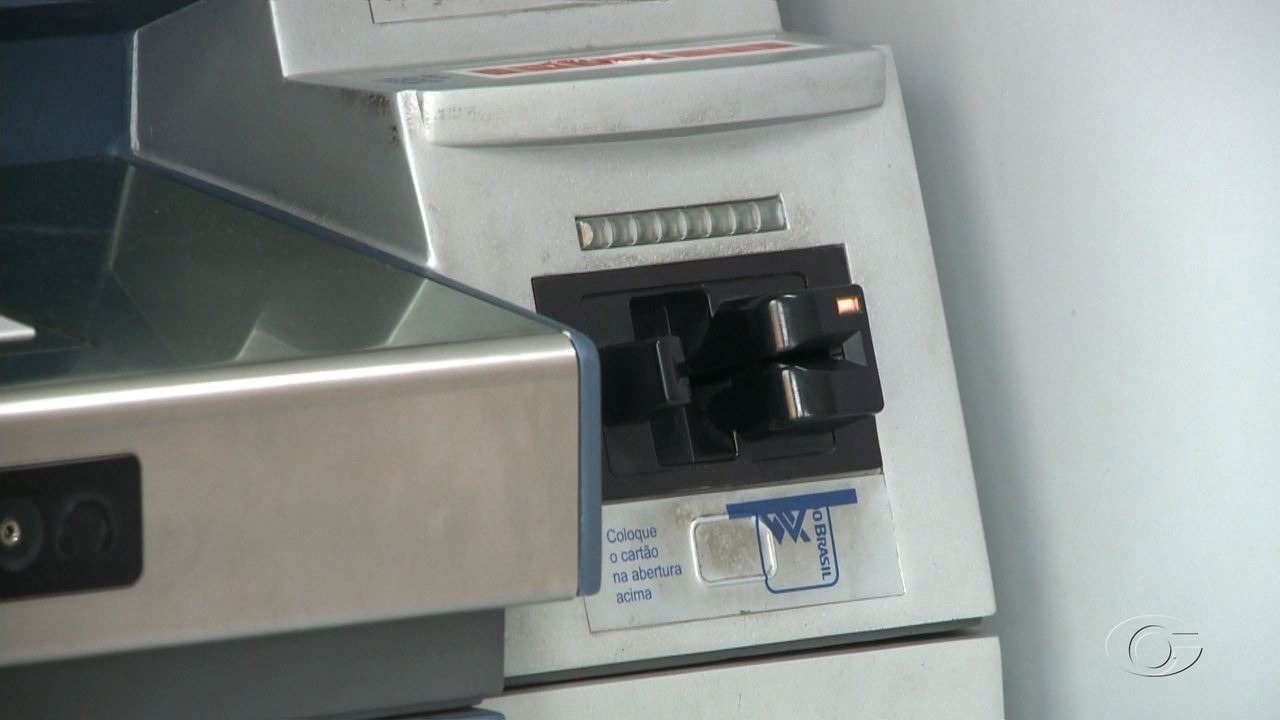 Polícia prende suspeitos de aplicar golpes em clientes de agências bancárias