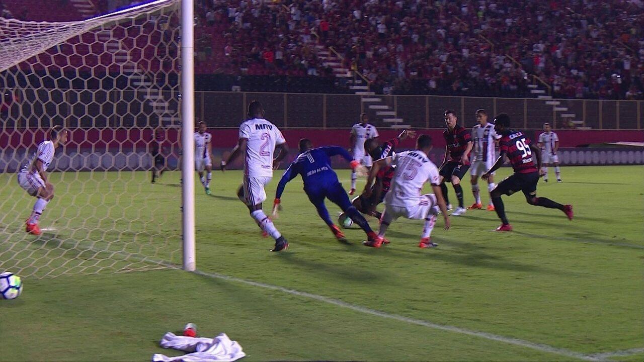 Melhores momentos de Vitória 2 x 2 Flamengo pela 1ª rodada do Brasileirão 2018