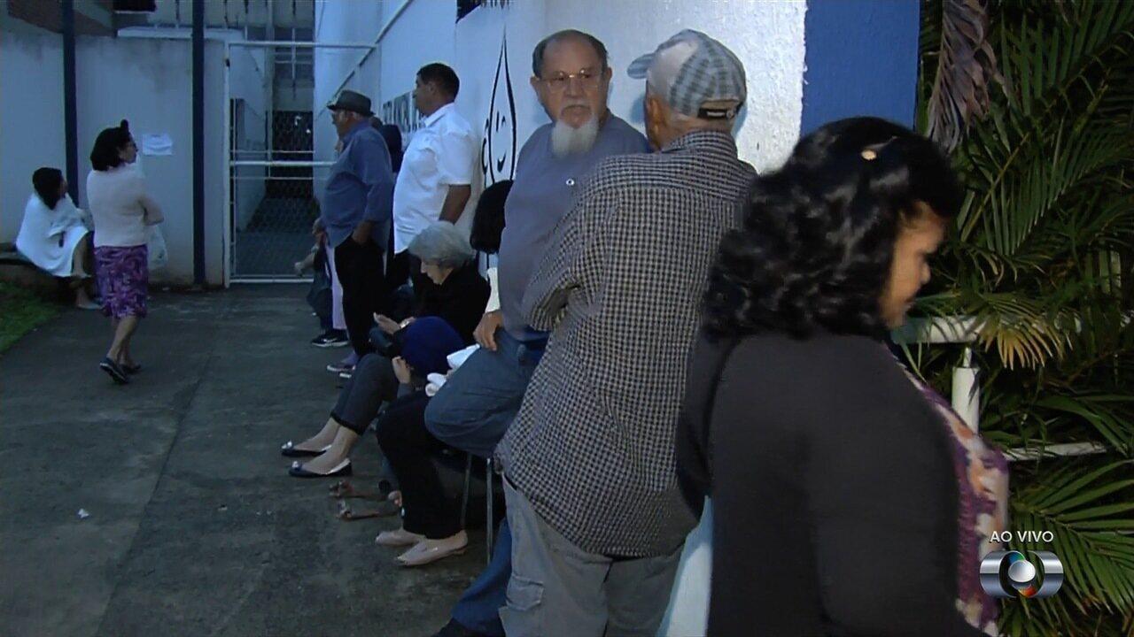 Vacinação contra H1N1 volta a ter filas no 2º dia de campanha na Grande Goiânia