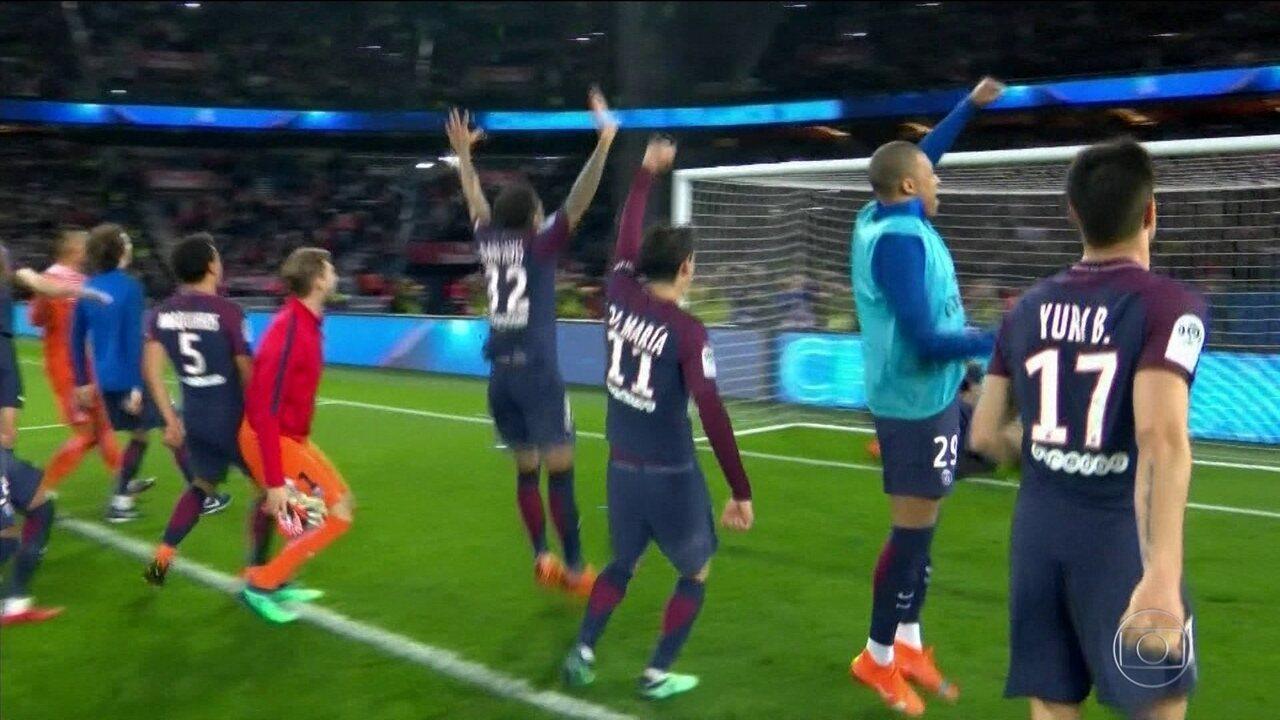 PSG conquista o título francês com cinco rodadas de antecedência