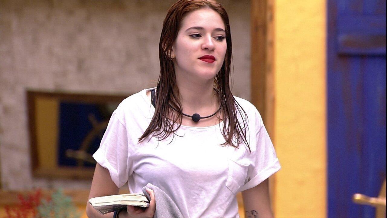 Ana Clara brinca com Paula: 'Nunca tomei um banho tão demorado na minha vida'