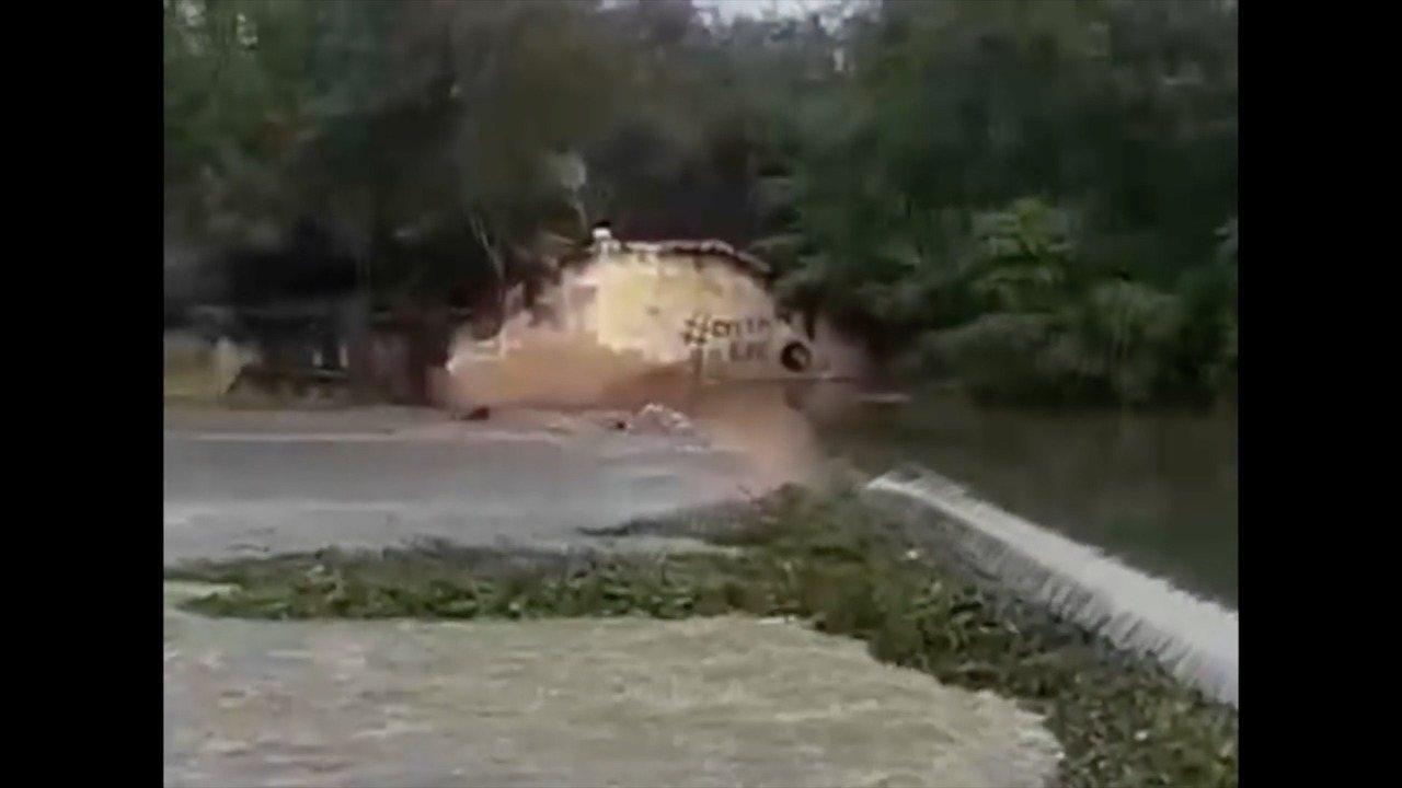 Pescador desaparece após canoa virar no Rio Mossoró; veja vídeo