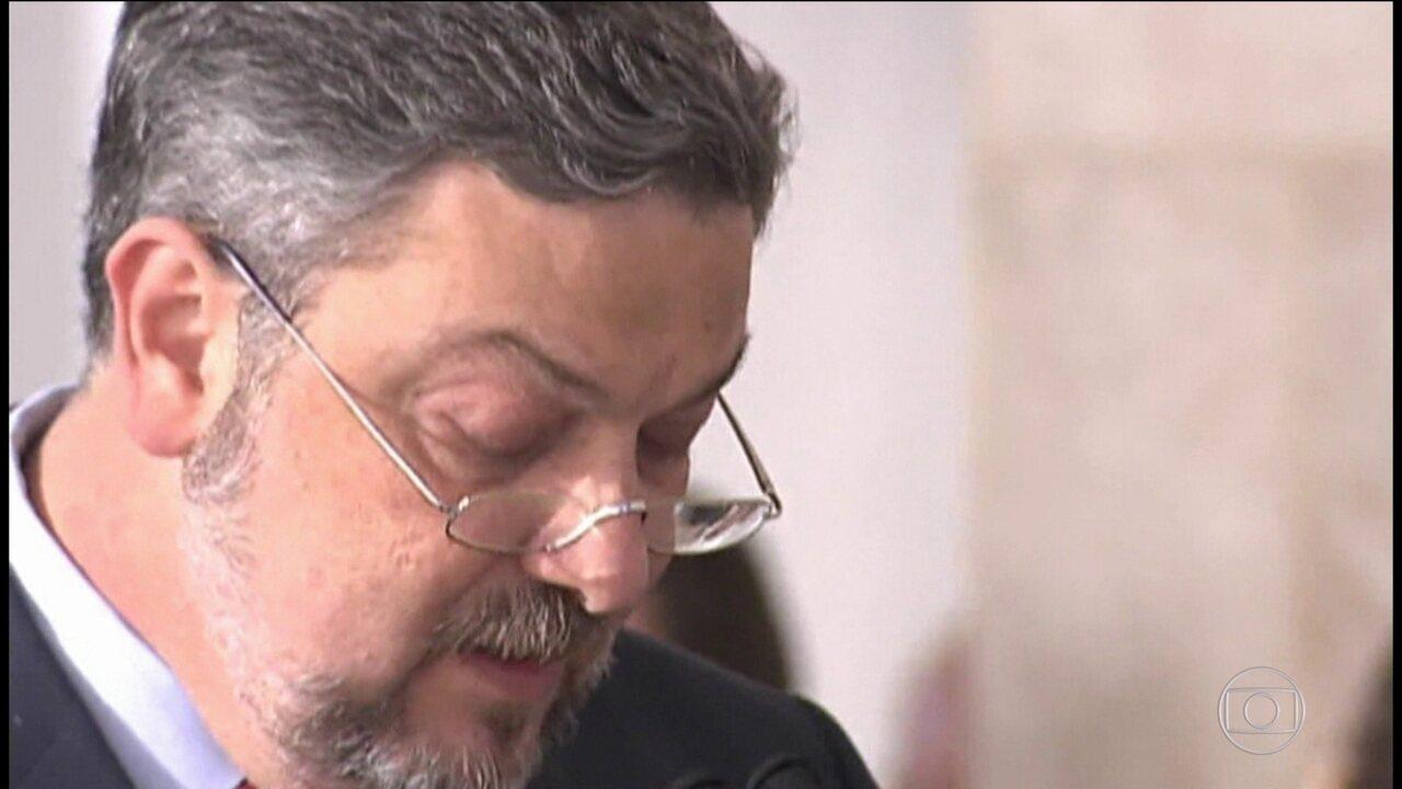 Antonio Palocci assina acordo de delação com a PF, em Curitiba