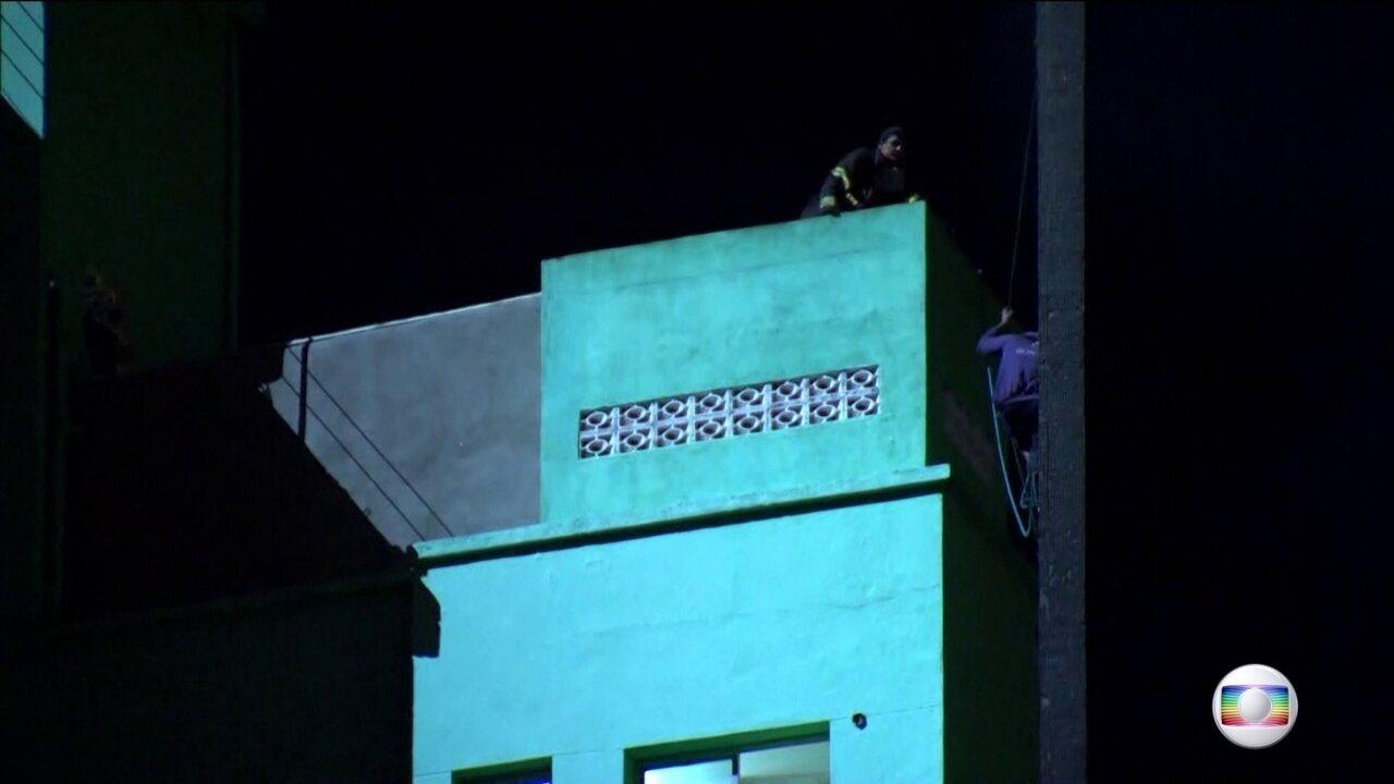 Vítima que estava sendo resgatada quando prédio desabou em SP é identificada