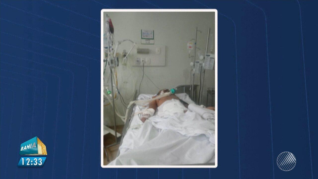 Pacente com síndrome de 'Guillain-Barré' espera por vaga de UTI em Feira de Santana