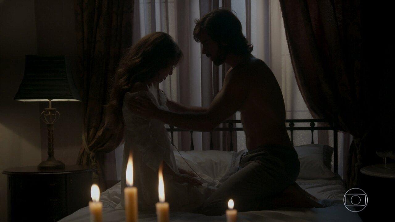 Cecília e Rômulo têm a noite de núpcias