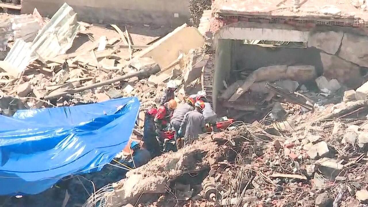 Corpo encontrado nos escombros de prédio em SP pode ser de Ricardo, diz bombeiro