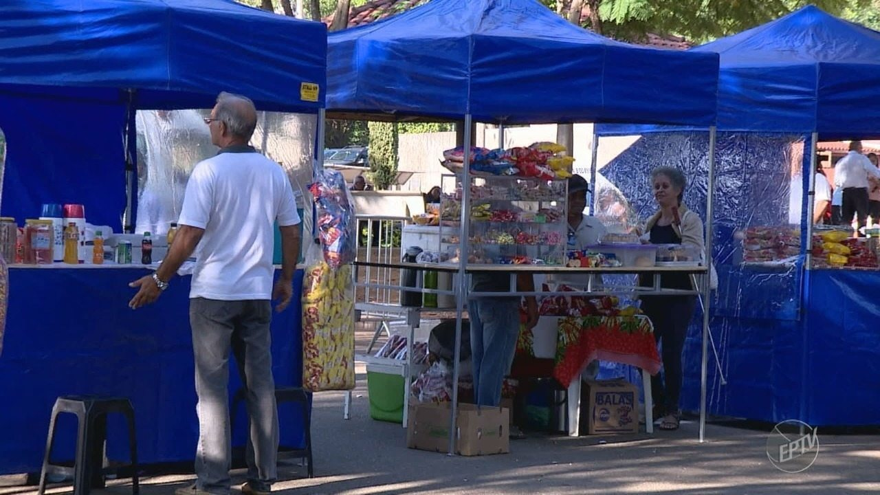 Hospital das Clínicas da Unicamp direciona espaço para vendedores ambulantes