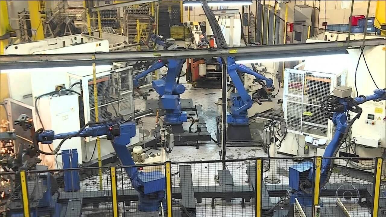 Produção de veículos sobe 40% em abril e tem efeito positivos sobre outras indústrias
