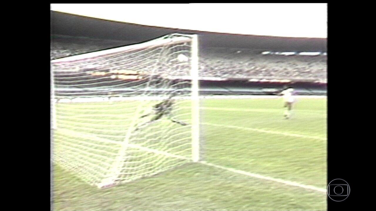 Baú do Esporte relembra o dia em que o Maracanã abriu apenas para uma disputa de pênaltis