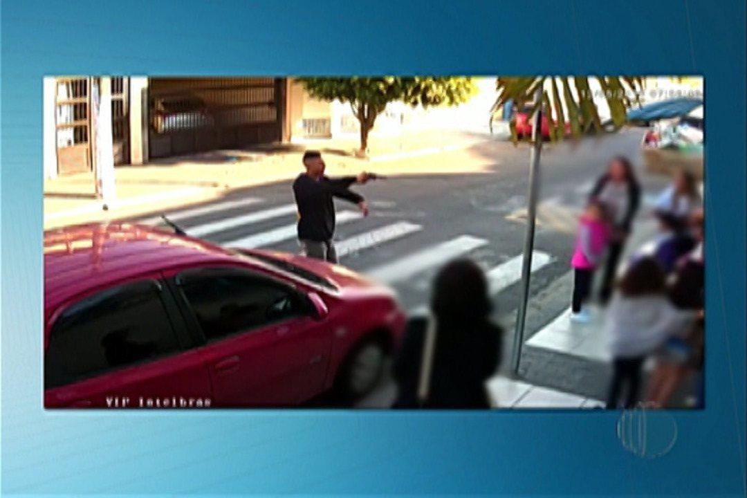 Policial de folga atira e mata suspeito em porta de escola, em Suzano