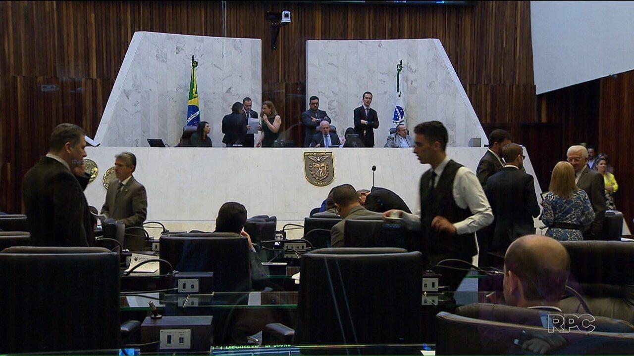 Na Assembleia, deputados comentam as denúncias mostradas pelo Paraná TV