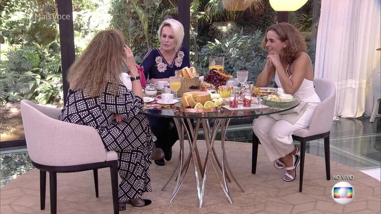 Ana Maria toma café da manhã com Arlete Salles e Maria de Médicis