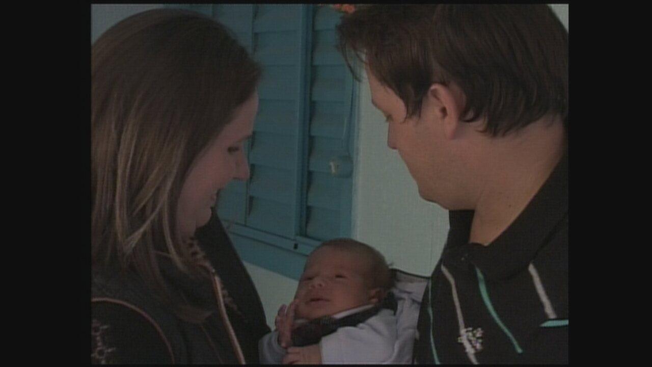 JA mostra história de família em que pai, mãe e filho fazem aniversário no mesmo dia
