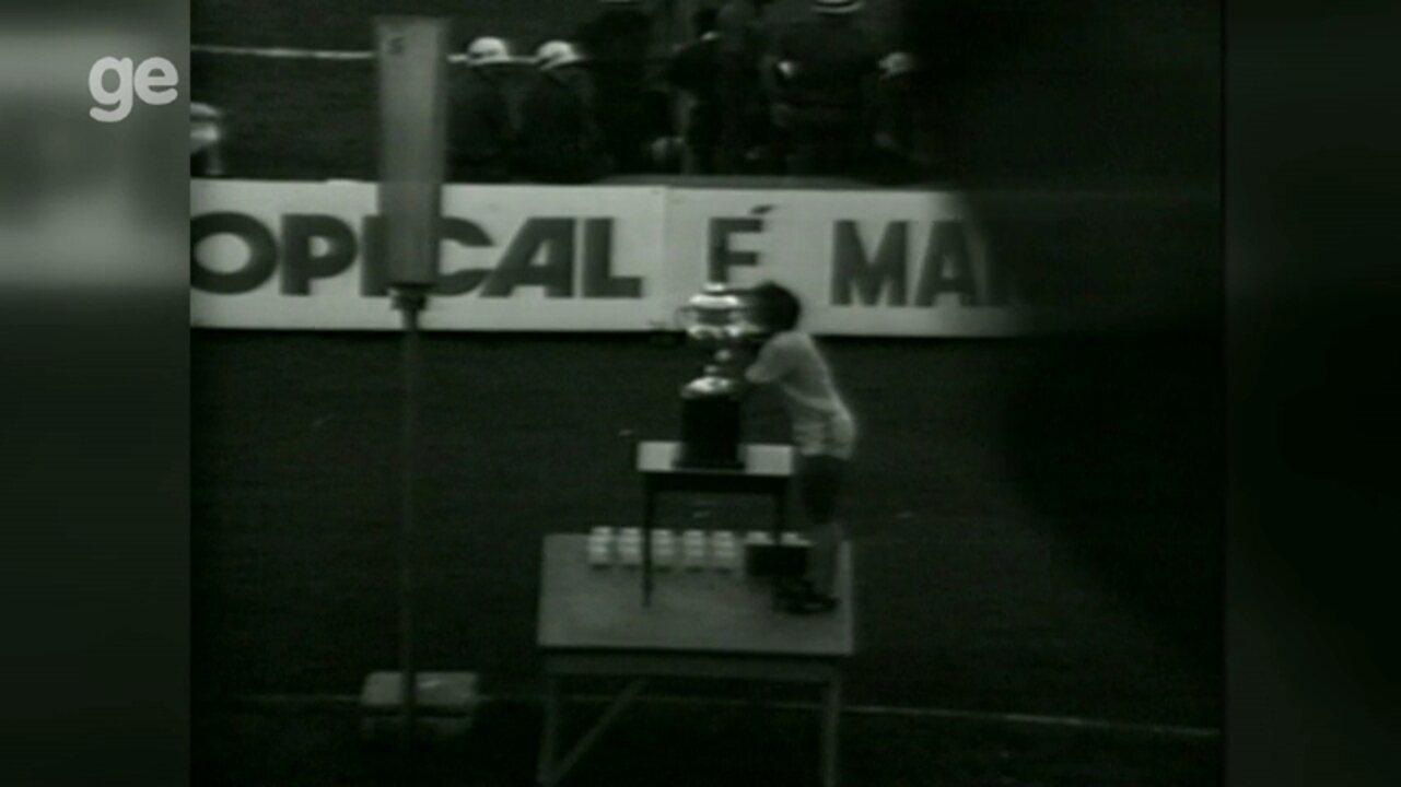 Ídolos do Londrina e torcedores relembram a conquista da Taça de Prata em 1980