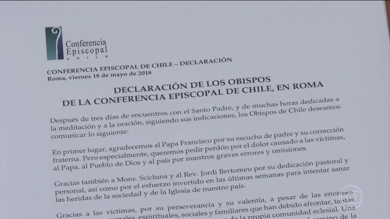 Acusados de pedofilia, 34 bispos do Chile renunciam