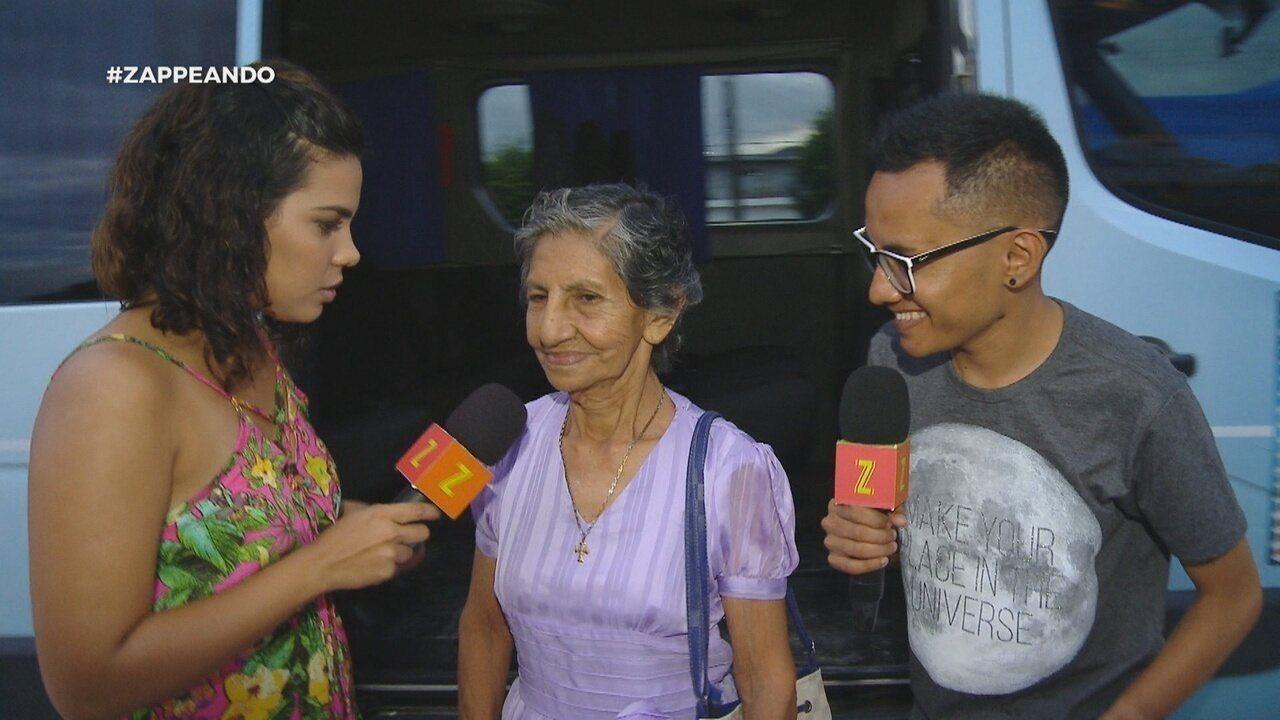 Parte 2: Isa e Dieguinho participam de sessão de cinema com os idosos
