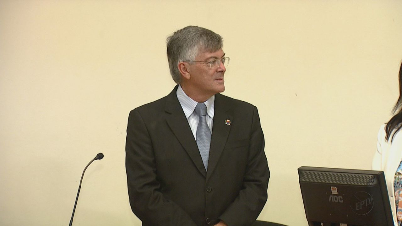 Presidente interino da Câmara de Araras assume cargo de prefeito após cassação