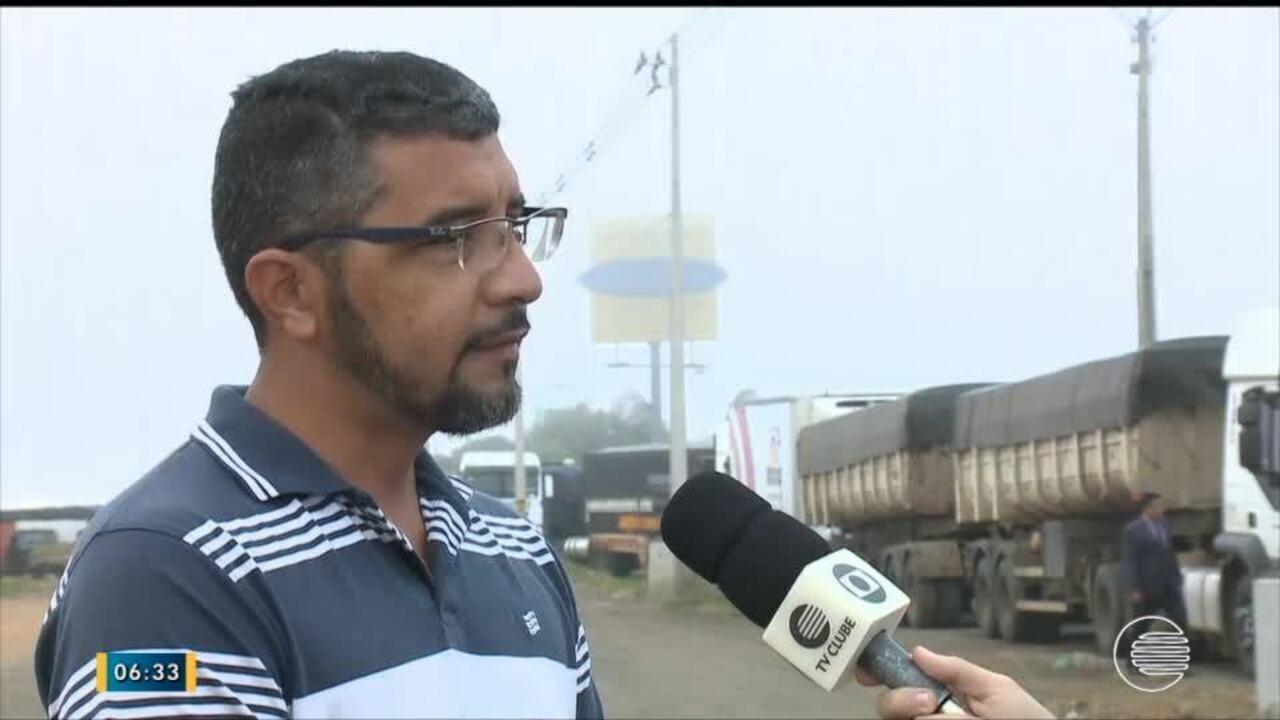 Caminhoneiros protestam em Teresina contra aumentos nos combustíveis
