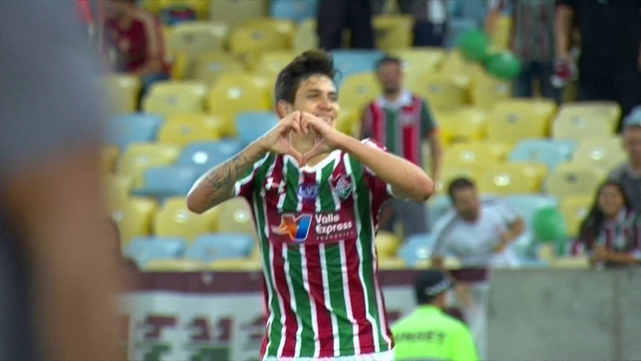 Gol do Fluminense! Pedro domina na área e marca um golaço com 41' do 2º tempo