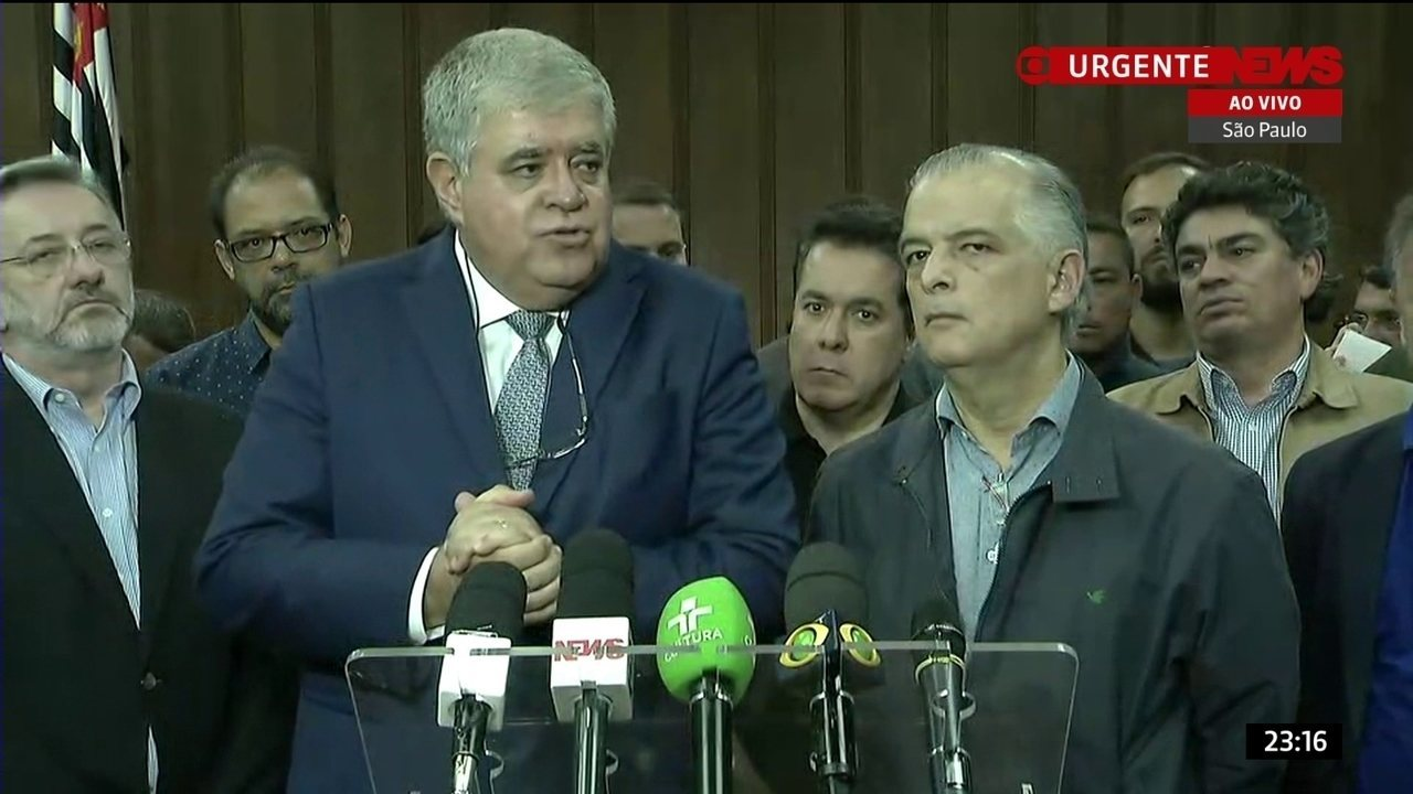 Ministro da Secretaria de Governo faz declaração sobre greve dos caminhoneiros