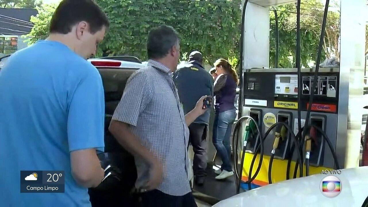Quinhentos postos da Região Metropolitana já receberam combustíveis nesta quarta (31)