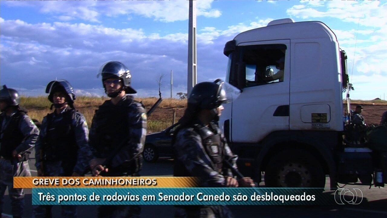 Três pontos de rodovias são desbloqueados em Senador Canedo, em Goiás