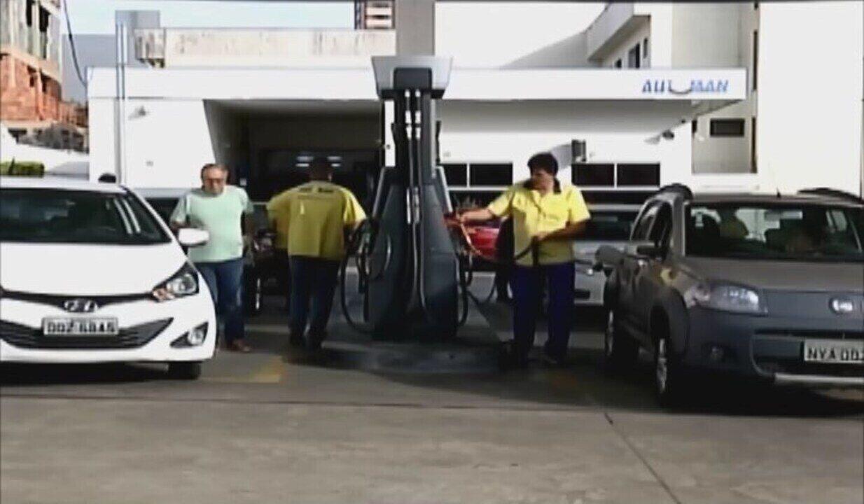 Protesto dos caminhoneiros chega ao 10º dia; combustíveis começam a chegar em Uberaba