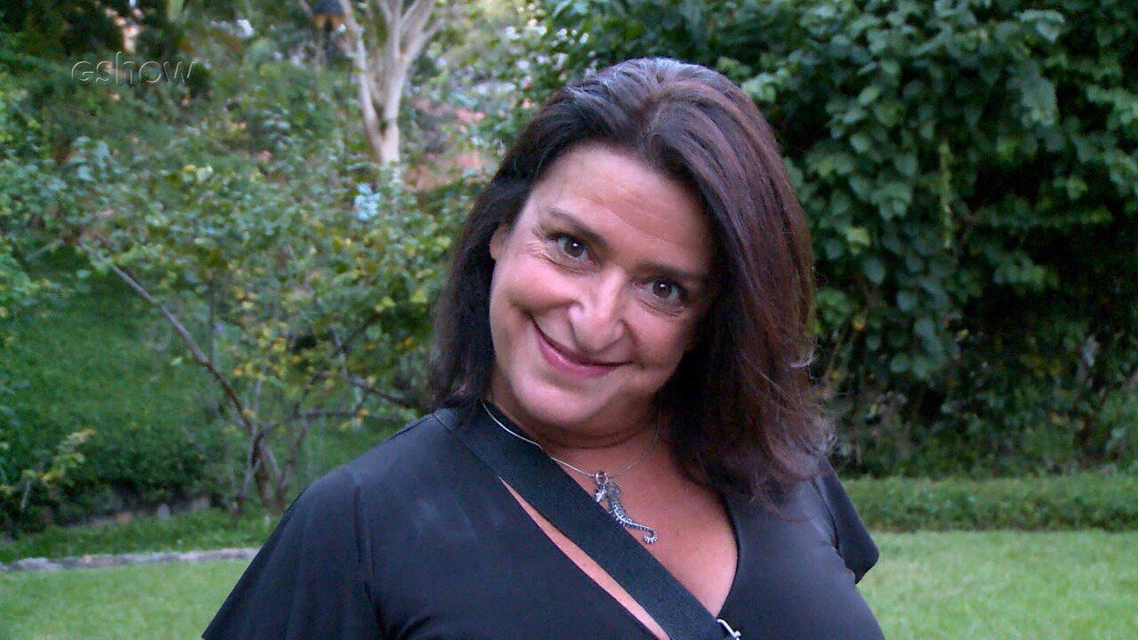 'VALE TUDO 30 ANOS' Grace Gianoukas pede para rever tapas de Solange em Fátima