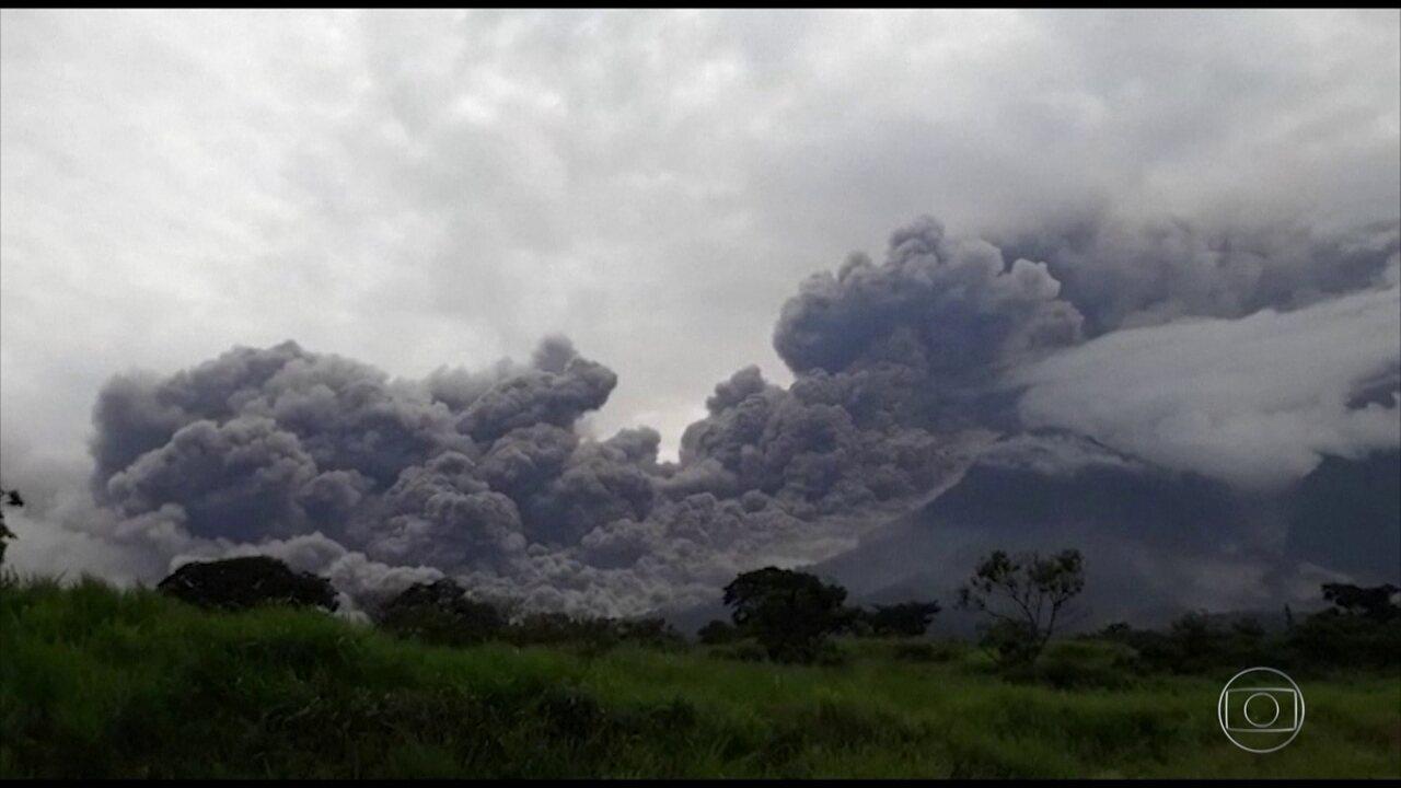 Vulcão em erupção deixa mortos e feridos na Guatemala