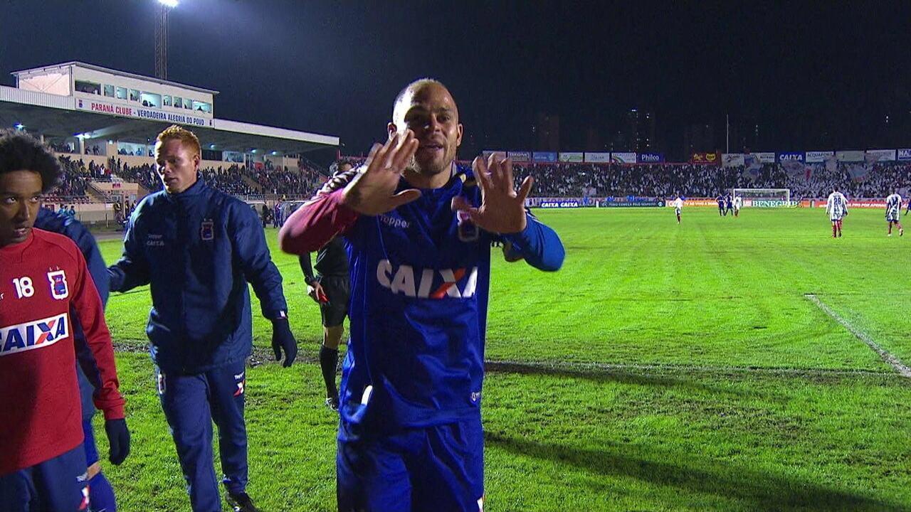 6b7524664d Que golaaaço! Veja lista dos 10 gols mais bonitos do Brasileirão ...