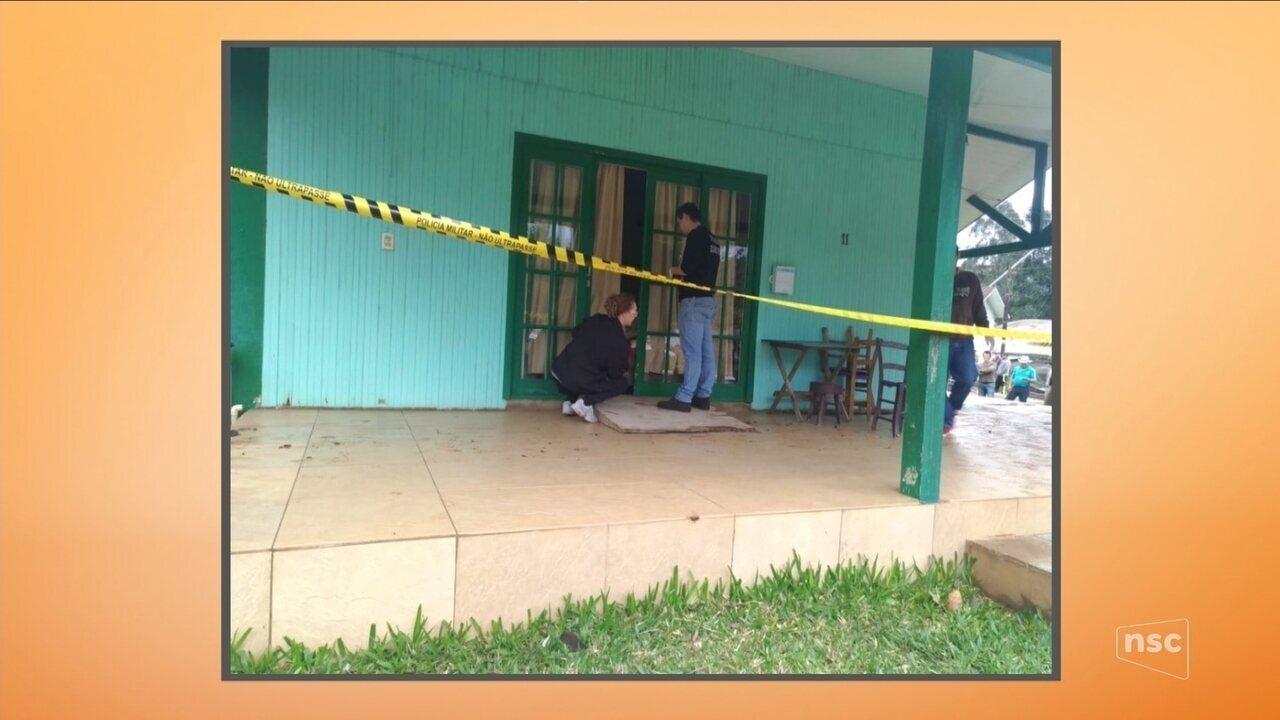 Casal de idosos é assassinado em residência durante assalto em Novo Horizonte, no Oeste