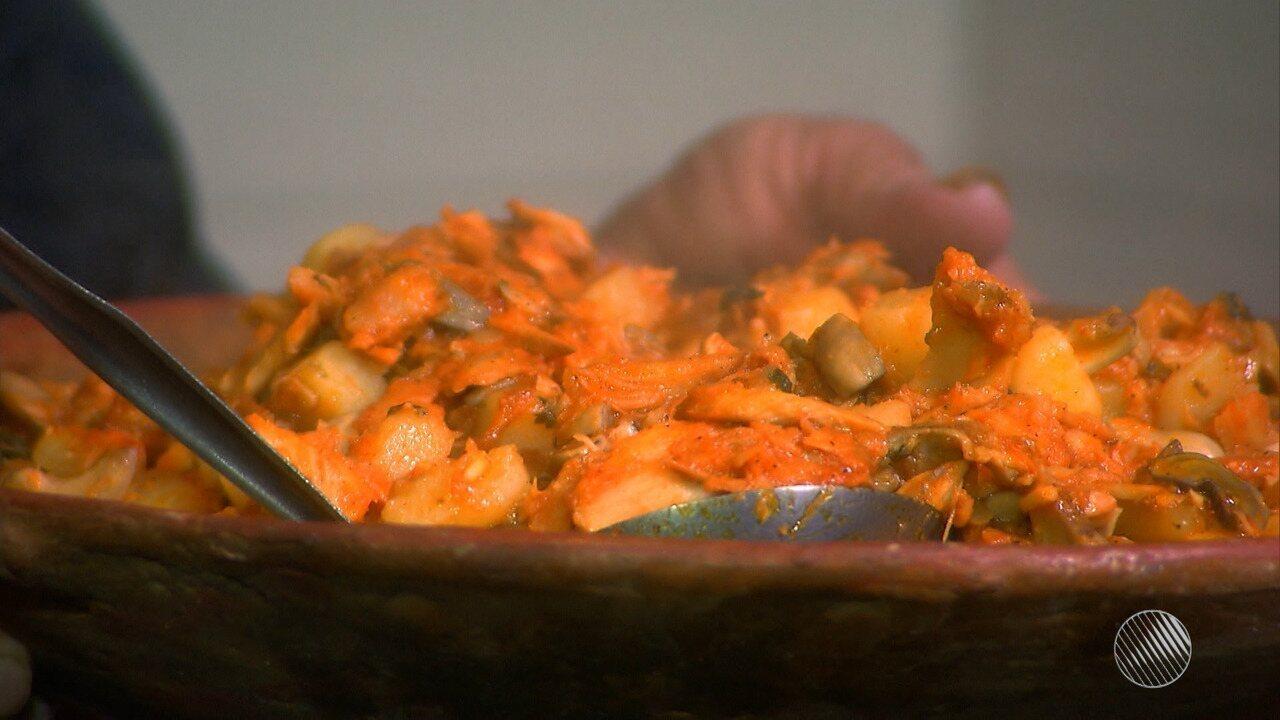 Panela de Bairro ensina receita de bacalhau com maturi
