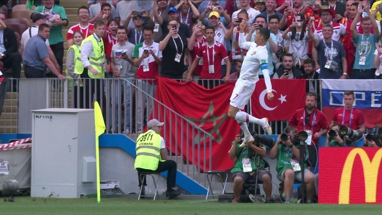 Gol de Portugal! Cristiano Ronaldo se livra da marcação e faz de cabeça aos 4 do 1º tempo
