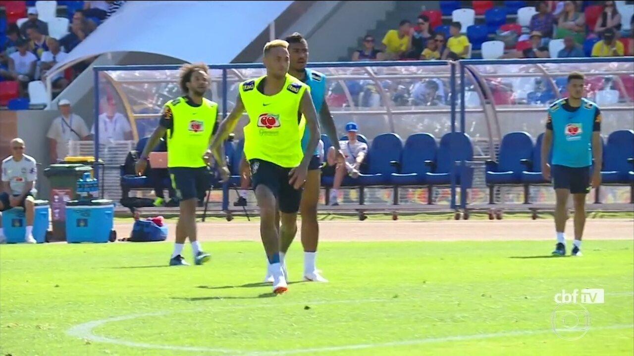 Neymar treina normalmente antes da viagem a São Petersburgo
