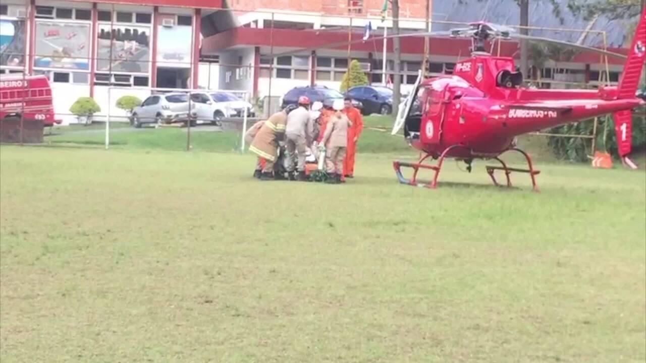 Porteiro foi transferido de helicóptero para hospital no RJ