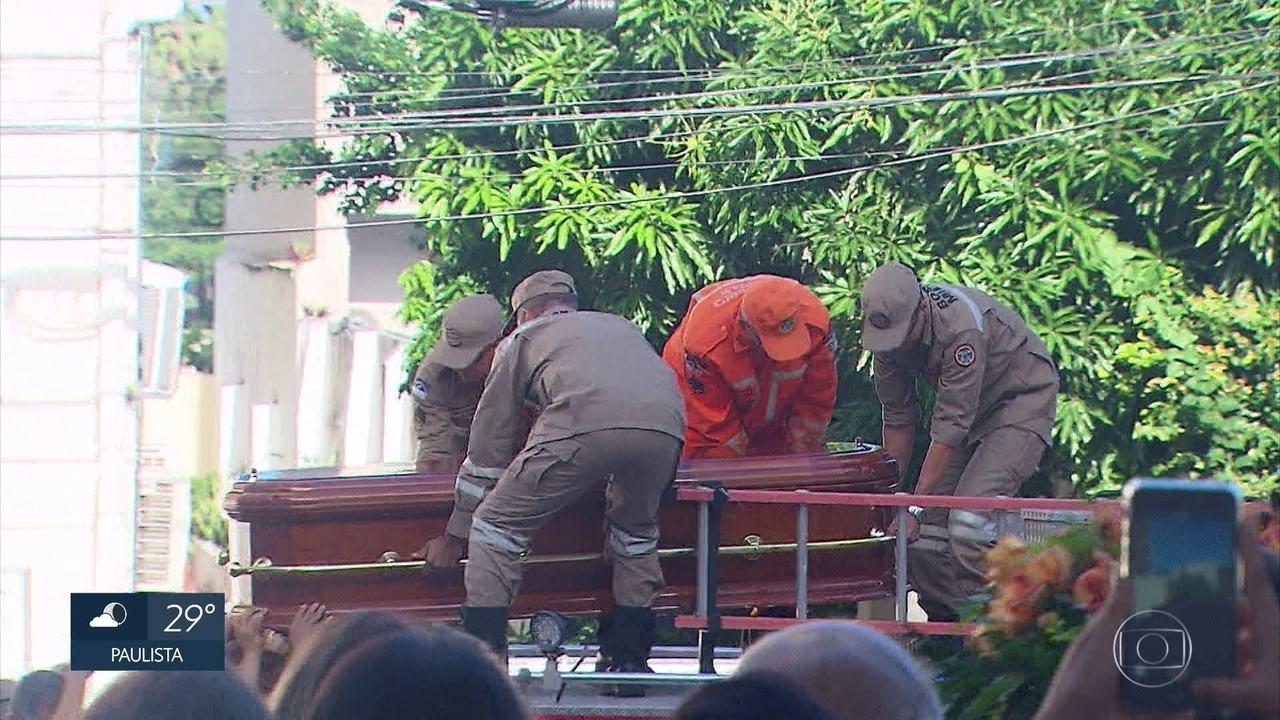 Presidente da Alepe, Guilherme Uchôa é enterrado no Grande Recife