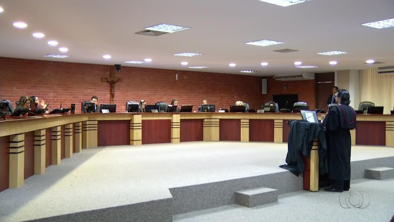 Tribunal de Justiça reduz pena de delegado suspeito de cobrar para investigar crimes