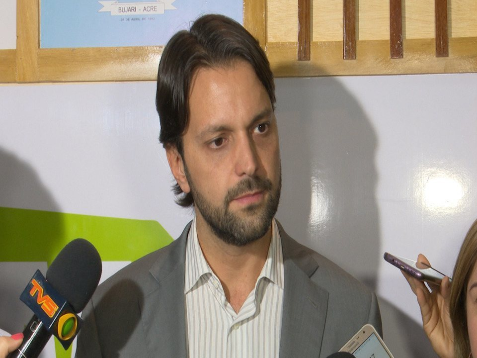 Ministro das Cidades anuncia R$ 20 mi para construção de moradias nos 22 municípios do AC