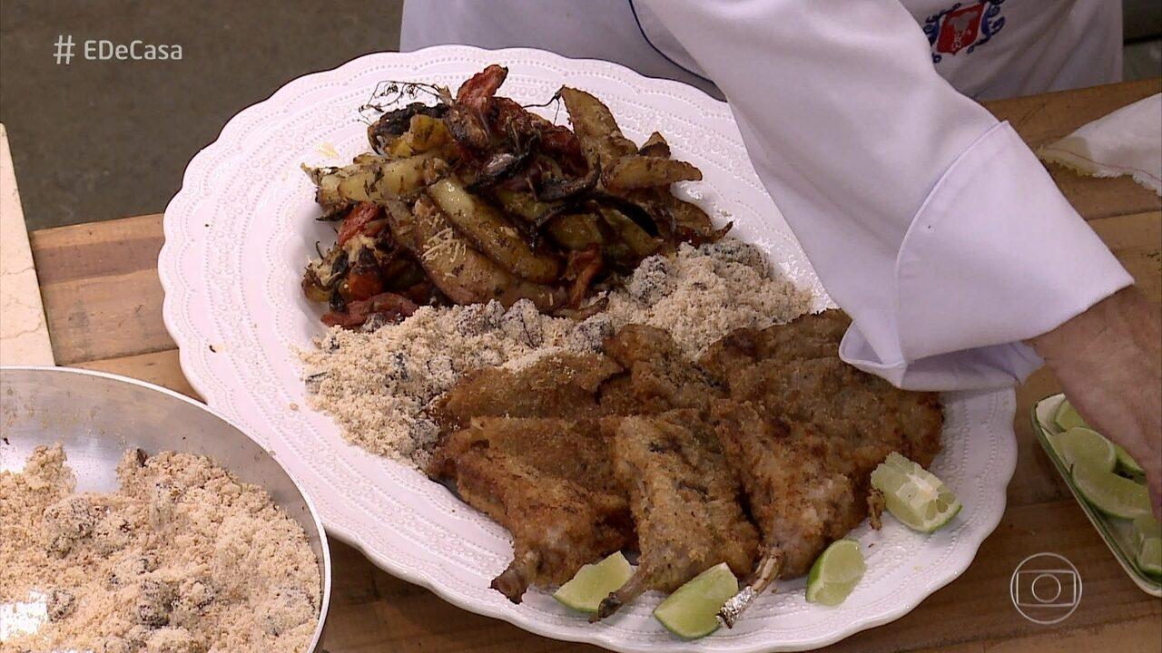 Toque do Raviolli: O chef ensina receita de bisteca de porco para comer junto com a farofa